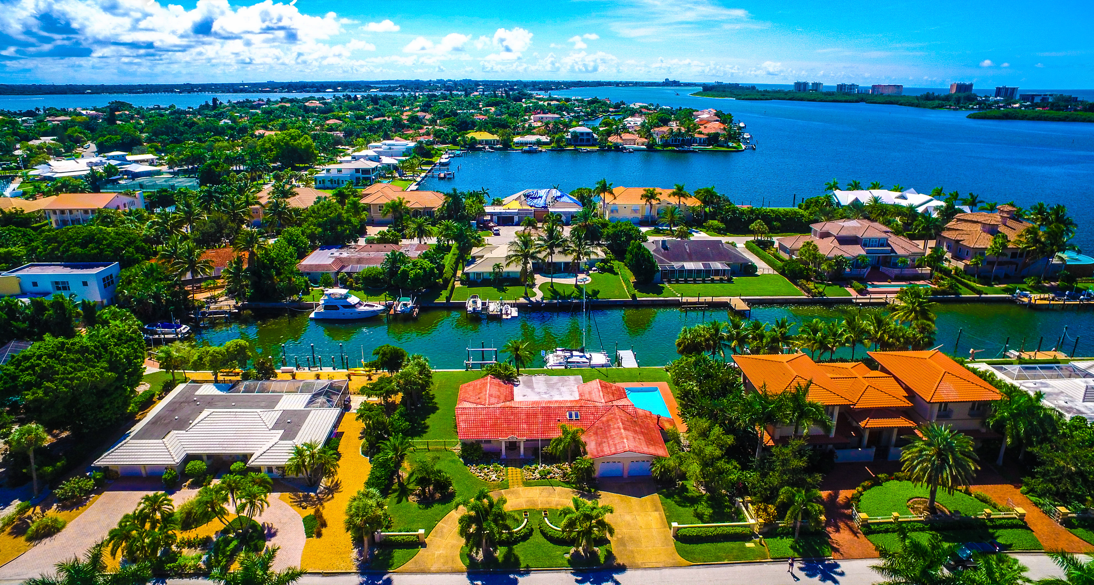 Bird Key Canal and Waterfront Homes for Sale