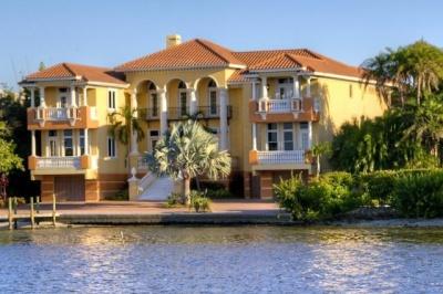waterfront homes on siesta key