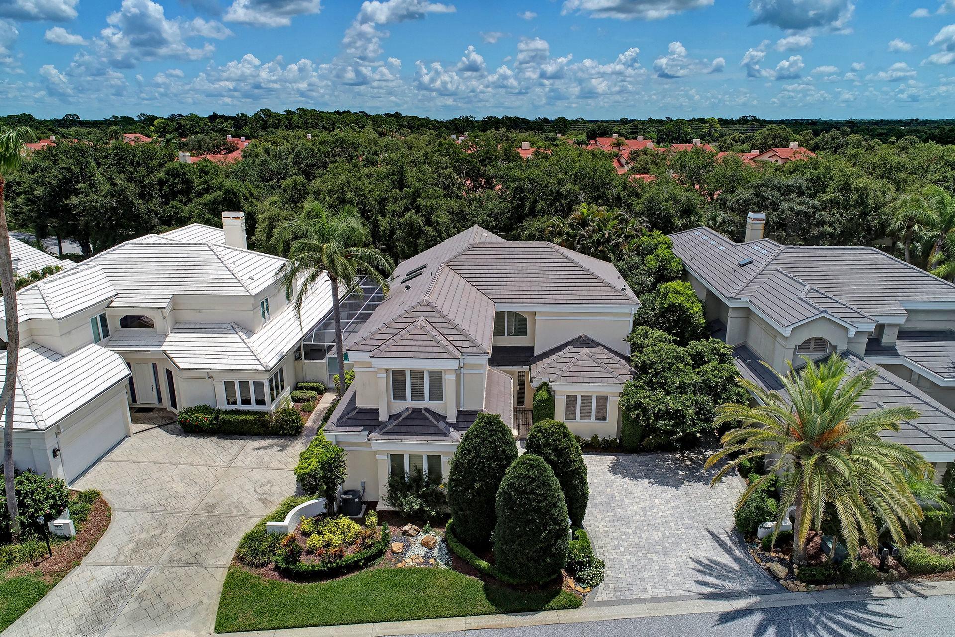 Terrific Prestancia Home For Sale 7777 Club Lane Sarasota Fl 34238 Download Free Architecture Designs Salvmadebymaigaardcom