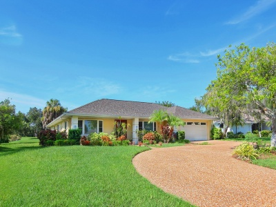 Home for Sale in the Country Club of Sarasota