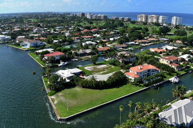 Longboat Key Country Club Shores Homes for Sale