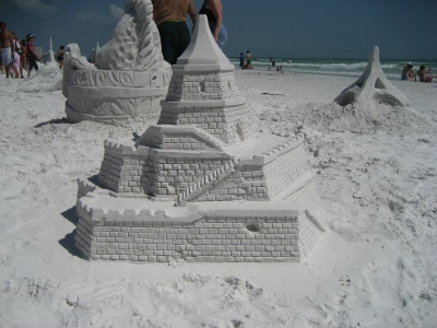 sand_castles_on_siesta_key_beach_002_400